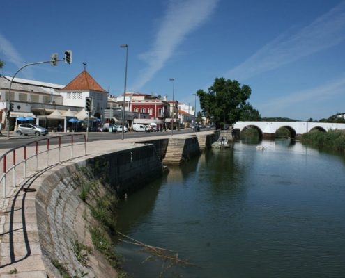 The River Arade glides through Silves town center Long-term rentals algarve senior living